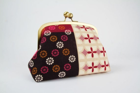Travel pouch - Panel in pink - metal frame clutch bag