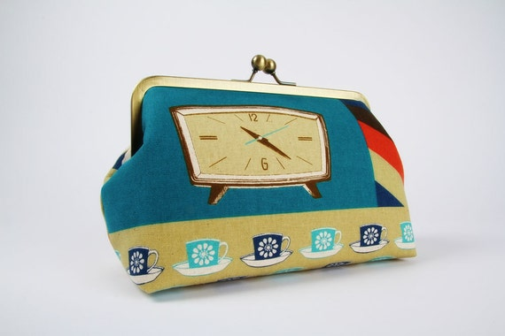 Cosmetic pouch - Retro clocks in natural - metal frame clutch bag