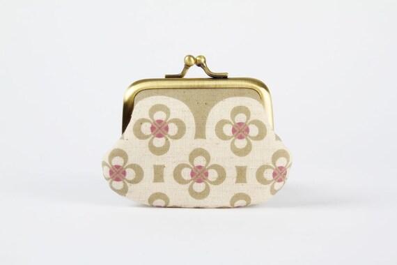 Mummy purse - Retro flowers in grey - metal frame pouch