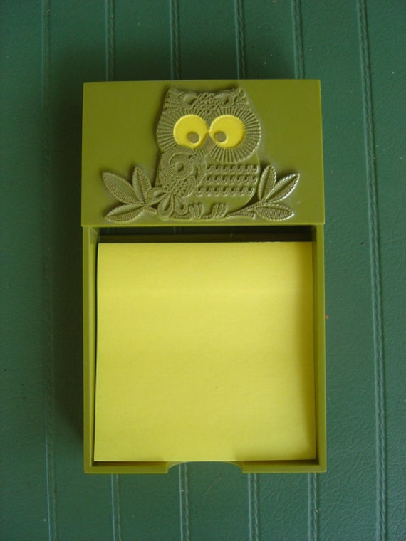 Owl Note Pad Holder Avocado Green and Harvest Gold