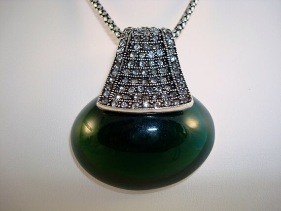 Dark Green /Clear Rhinestone Pendant Necklace