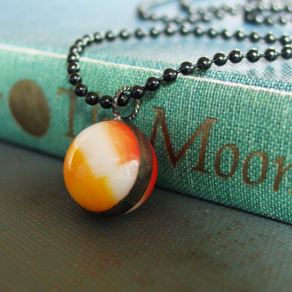Glass Marble Necklace, READY TO SHIP, Retro Jewelry, Vintage 1950's, Orange Necklace, Toy Necklace, Marble Jewelry, Soldered Marble Necklace
