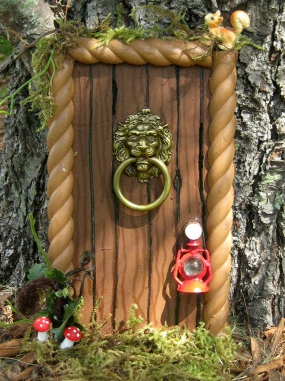 Forest gnome woodland fairy door for Gnome doors for trees
