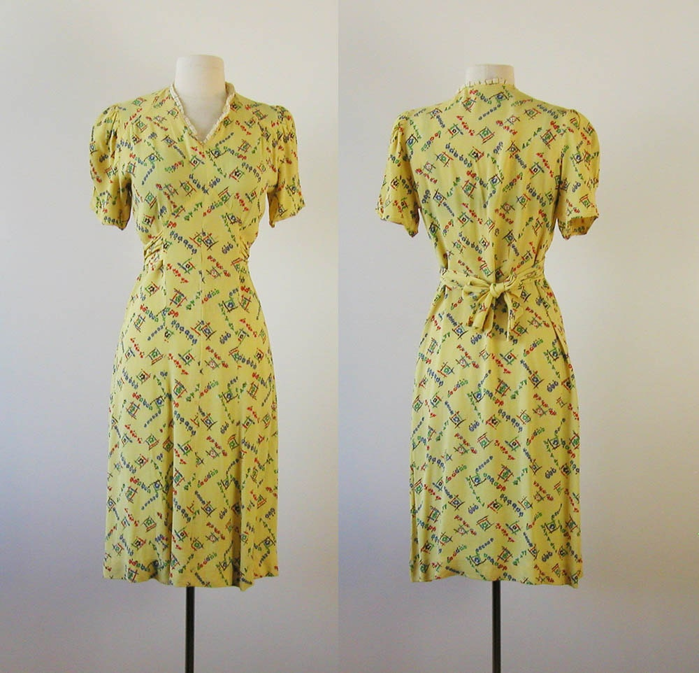 30s 40s Dress Early 1940s Swing Dress Yellow Vintage Rayon