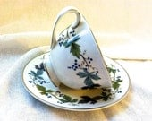 """Pair of Vintage Royal Doulton Tea Cups Adorned with Grape Leaves - """"Burgundy TC 1001"""" Pattern"""