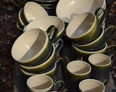 Ceramic dinner service made to order: plates, bowls and mugs