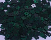 100 SEQUINS SQUARE.........Green Color/ KBSS241