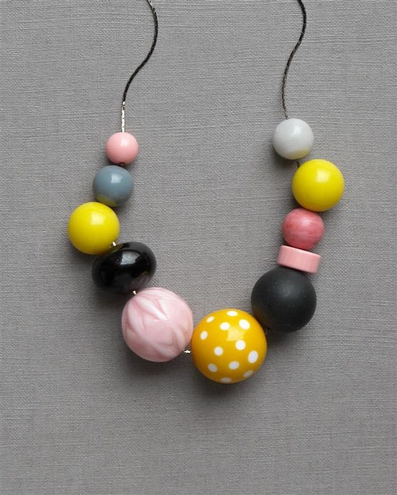 teacake necklace - vintage lucite and gunmetal