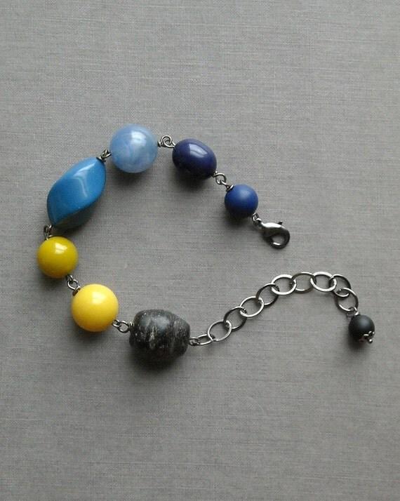 last one - illustrator bracelet - vintage lucite and gunmetal chain