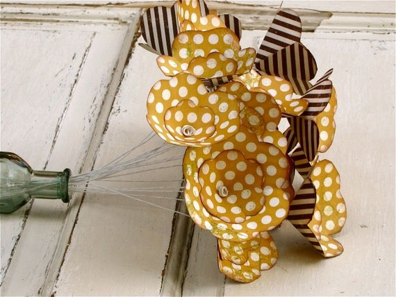 Yellow, off white, polka dot, paper flower bouquet