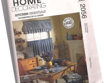 MCCALLS PATTERN 2056 country kitchen home essentials decor pattern, curtains, seat covers, place mats, napkins, new and uncut