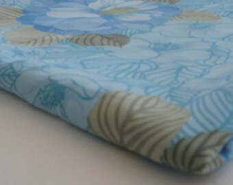 vintage BLUE FLORAL polyester fabric remnant, measures 48 inches by 1.25 yards