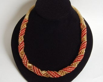 Red and gold round peyote necklace