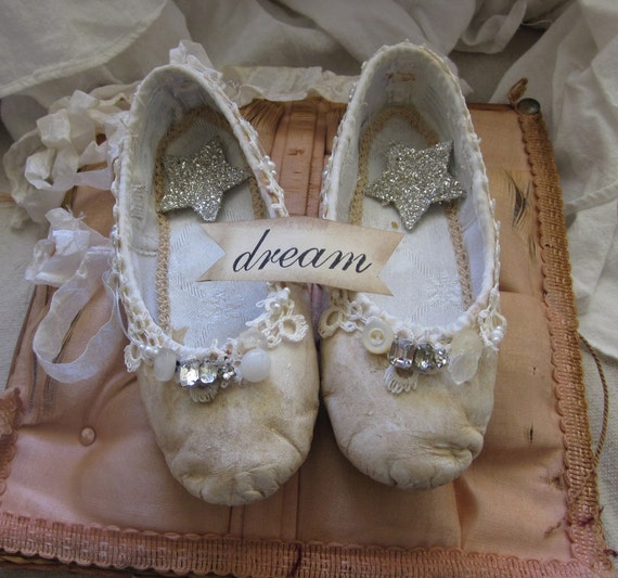Tutorial - Altered Ballet Slippers
