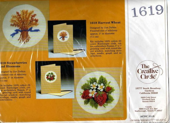 Vintage Creative Circle Counted Cross Stitch Kit Strawberries Blossoms Greeting Card 1619