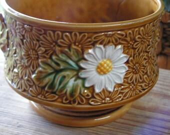 Vintage Daisy Ceramic Planter