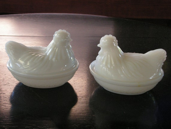 Set of 2 Vintage Milkglass hens on nests candy dishes