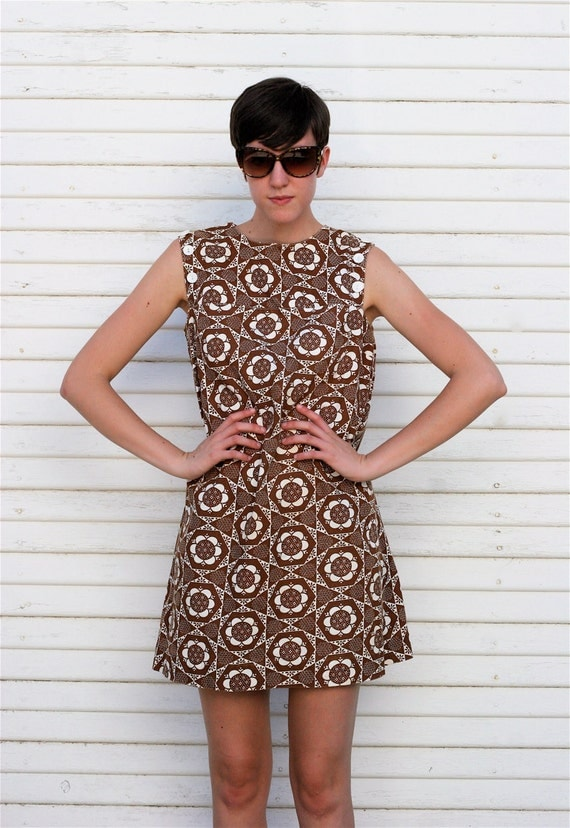 Vintage 1960s POP CHOCOLATE Brown Shift Dress L