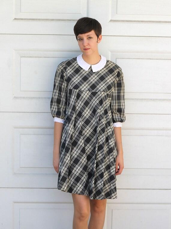 Vintage 1960s PLAID Collared Dress S/M