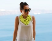 ORGANIC V Bib Statement Necklace