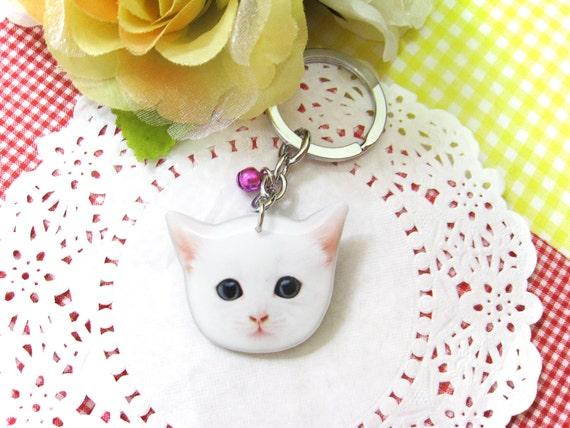 White Cat Kitten head keychain / White cat / white kitten / cat keychain / kitten keychain / cat memorial / cat lover / gift / A0015-K-C15
