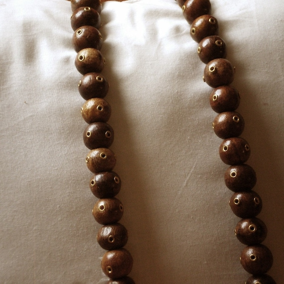 50 Wooden Beads with Brass eyelets