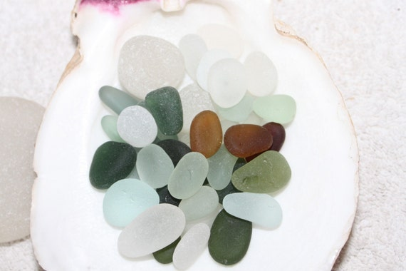 sale sale sale  Was  21.95  now 18.00 AWESOME BEACH GLASS Collection All Jewelery Quality Sea Gems Beautiful Size,Color  zy212