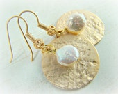 Gold earrings, coin pearl, hammered gold disc, dangle earrings... HAMMERED COINS