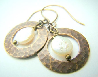 Hammered brass earrings, coin pearl earrings, antiqued bronze, brass disc,... Going Circular