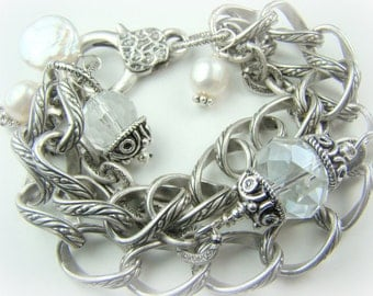 Silver chain bracelet, chunky pearl charm bracelet, crystal bracelet,... MARYJANE