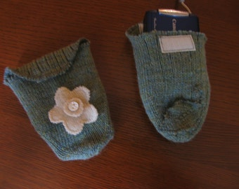 Green Heather iPod, Camera, Cell Phone Sock, Repurposed from Real Wool Sock