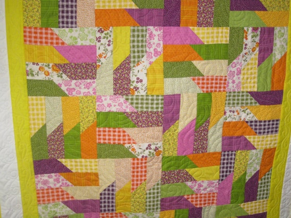 """Bright colors baby or toddler quilt 41"""" x 49""""  free shipping"""