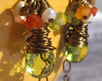 fatdog Toolbox Collection Earrings - TBE212 Peridot and Carnelian
