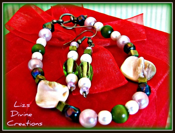 Purple and Green Pearl and Glass, and Cream  Mop Shell Bracelet and Earrings in Copper SALE Was 12.00 Now 5.00