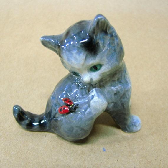 Goebel Cat With Ladybug CK45A Vintage Figurine Porcelain W. Germany TM6