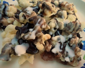 Soap Kettle corn - Double Drizzle Chocolate Popcorn ...AN AJSWEETSOAP EXCLUSIVE - Popcorn Soap - Food Soap - Fake Food - Caramel Corn