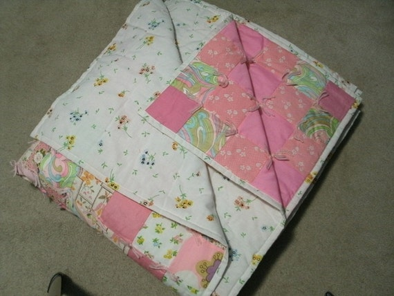 Vintage 1970s Holly Hobby Patchwork Quilt 84 x 100