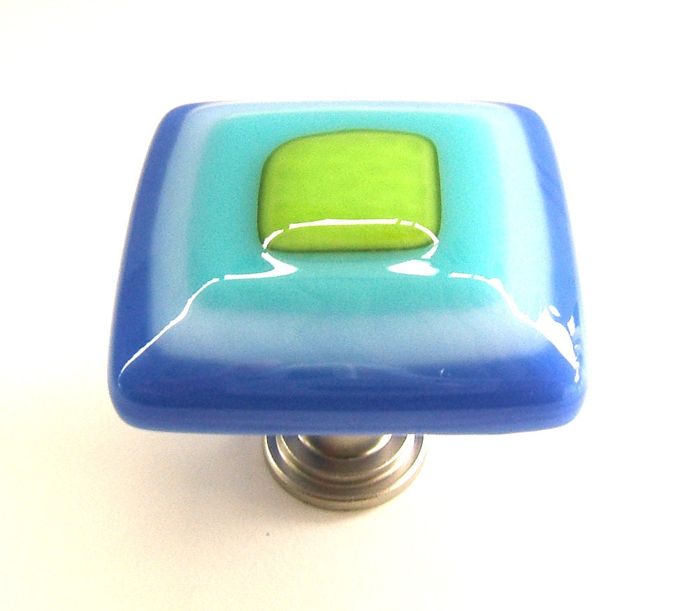 Art glass cabinet knob in electric royal blue turquoise and for Turquoise cabinet pulls