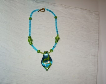 CHARTRUESE AND AQUA NECKLACE WITH PENDANT