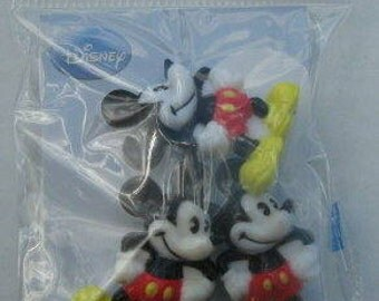 Disney Standing Mickey Mouse Buttons, Pack of 3 pc