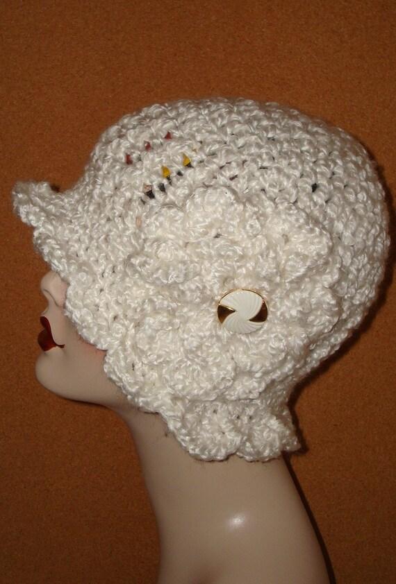 1920' Style Hand Crochet Ruffle Trim Cloche Flapper Hat w/Matching Crocheted Flower/Cloche Hat/Women's Accessories/Fashion/Winter Fashion