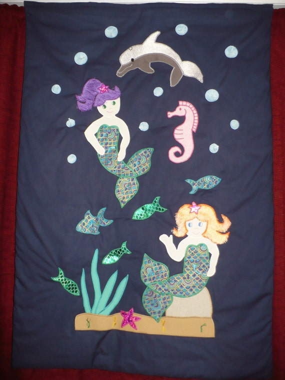 Child's Mermaid Comforter /Quilt ( Bunk/toddler bed size)