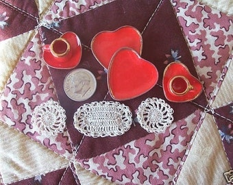 Miniature placemats or doilies Ecru and Lovely
