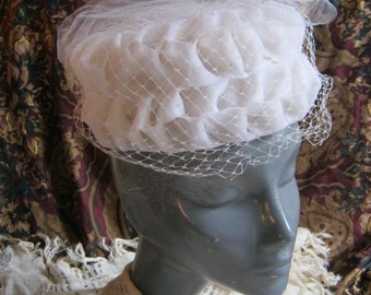 Vintage off white woven ribbon summer hat, white dual veil pillbox style hat, white 'frothy'  brides or garden party