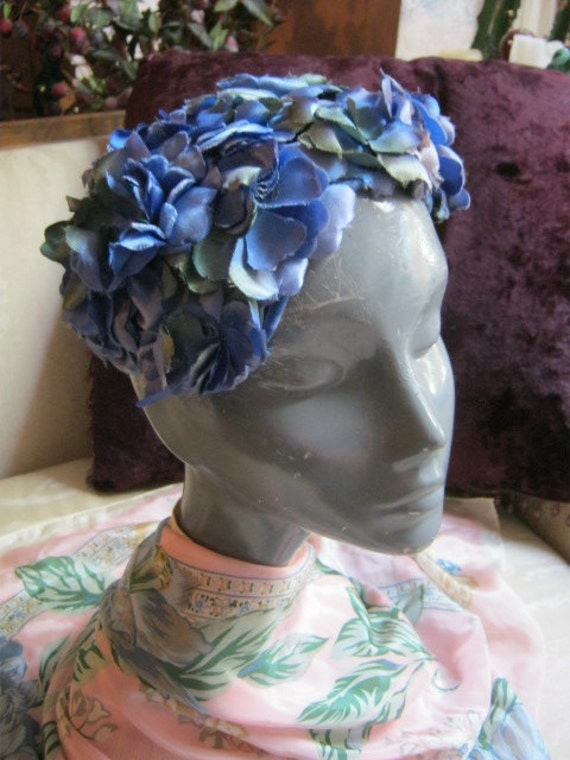 Pretty blue green silk flower covered framed cap fifties sixties style
