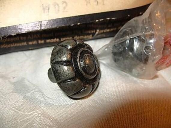 6 Drawer Pull Knob Handles Aged Gothic Shabby Pewter Vintage NOS Metal