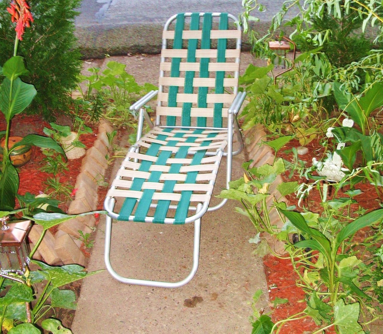 vintage webbed folding aluminum lawn chair lounger 1950 s