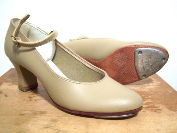 VINTAGE FINA WOMENS TAP SHOES - MARY JANE HEELED TAP DANCING SHOES SIZE 8.5 - Free Shipping