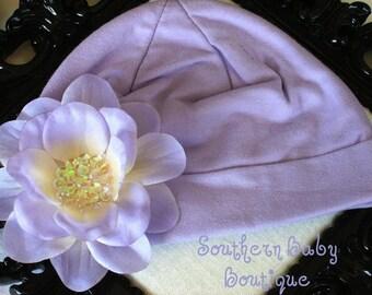 Boutique Knit Beanie Cap with SEQUIN Flower Clip-------Fits 0-6 Months------Lavender