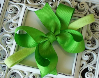 NEW ITEM----Boutique Baby Girl Toddler Hair Bow Dainty Headband-----APPLE----Makes a great gift